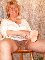 zia italiana figa pelosa con tette grosse