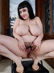 porno con figa pelosa italiana