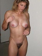 donne con figa pelosa foto