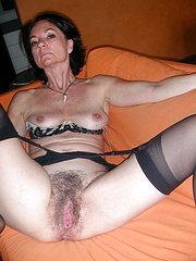 nonna figa pelosa porno gratis